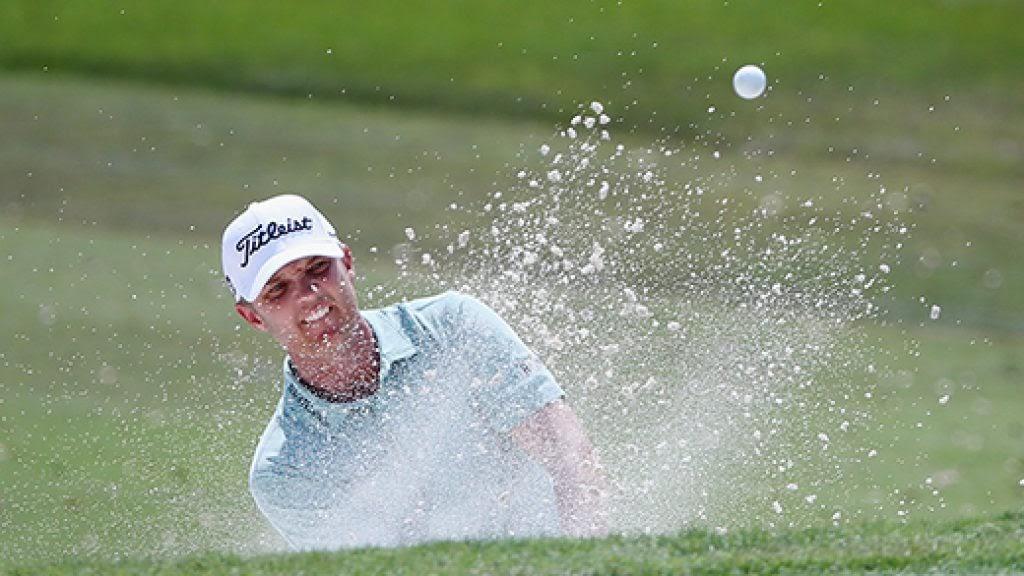 Не всегда легко играть в гольф