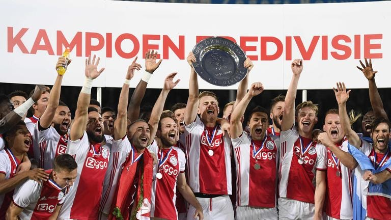 Аякс победитель чемпионата Голландии 2021