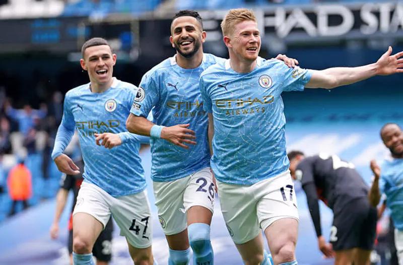 Манчестер Сити фаворит на победу в Лиге Чемпионов 2022