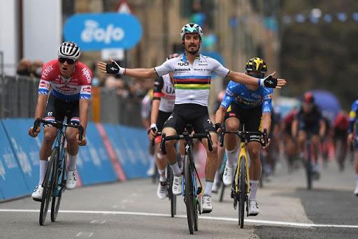 Чемпионы мира по велоспорту: недавняя доска почета